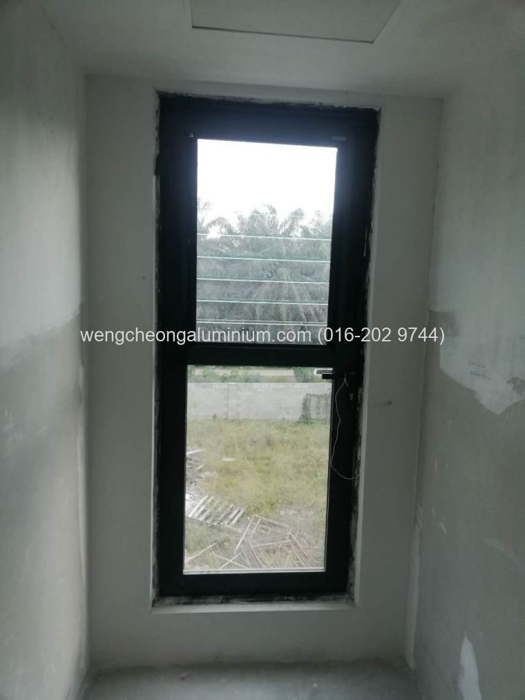 Aluminium Casement Window With Adjustable Breezway
