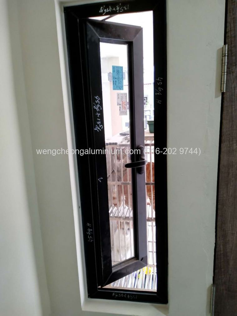 Multipoint Casement Window