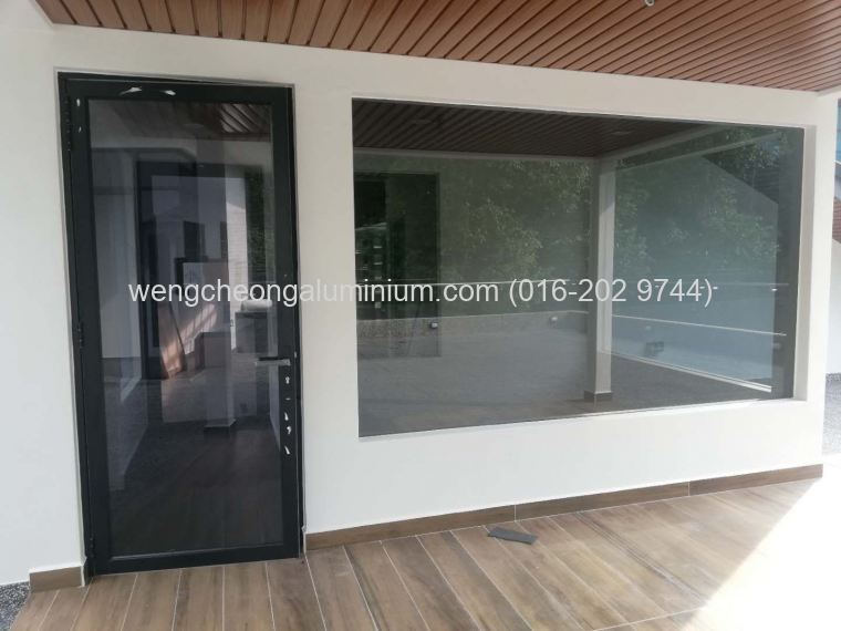 Aluminium Swing Door With Shopfront Fixed Panel