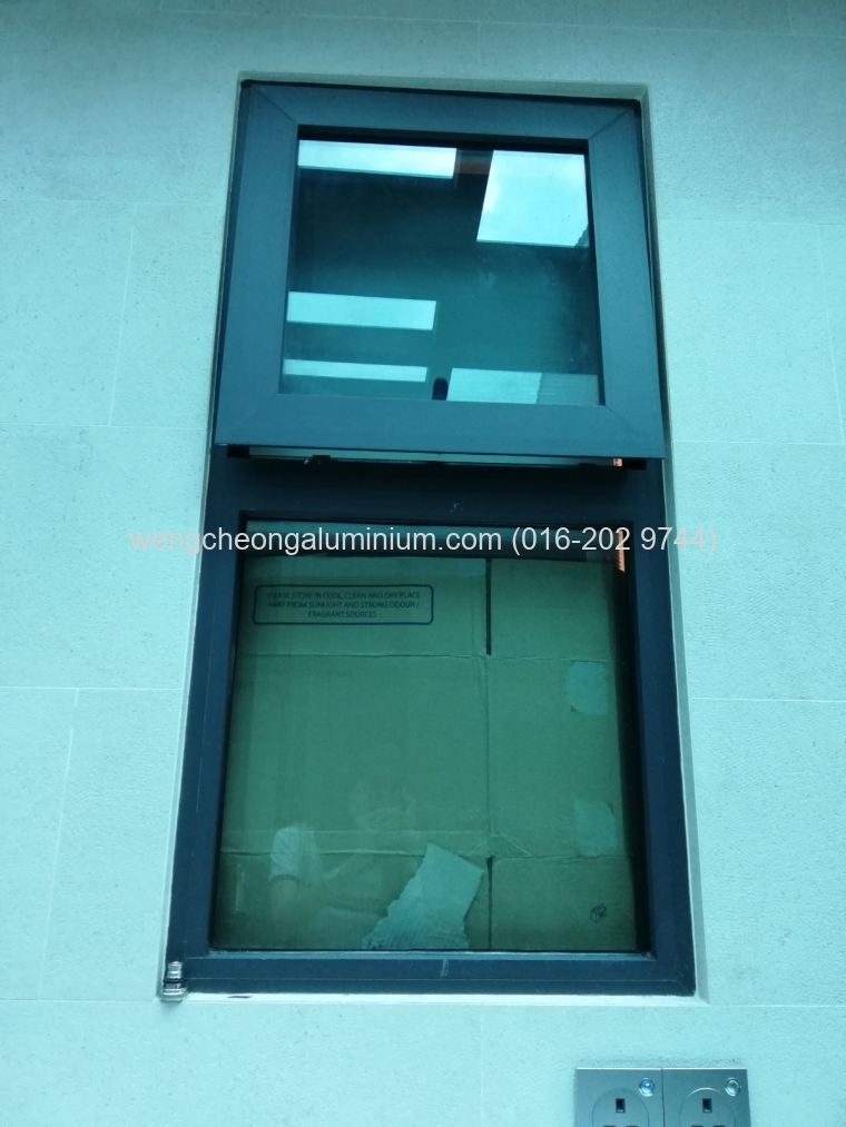 Multipoint Top Hung Window With Fixed Panel Glass