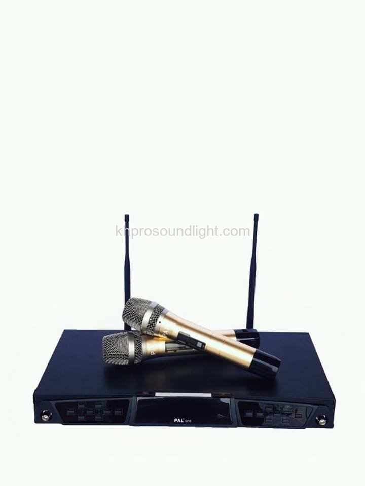 PAL WIRELESS MICROPHONE Q10
