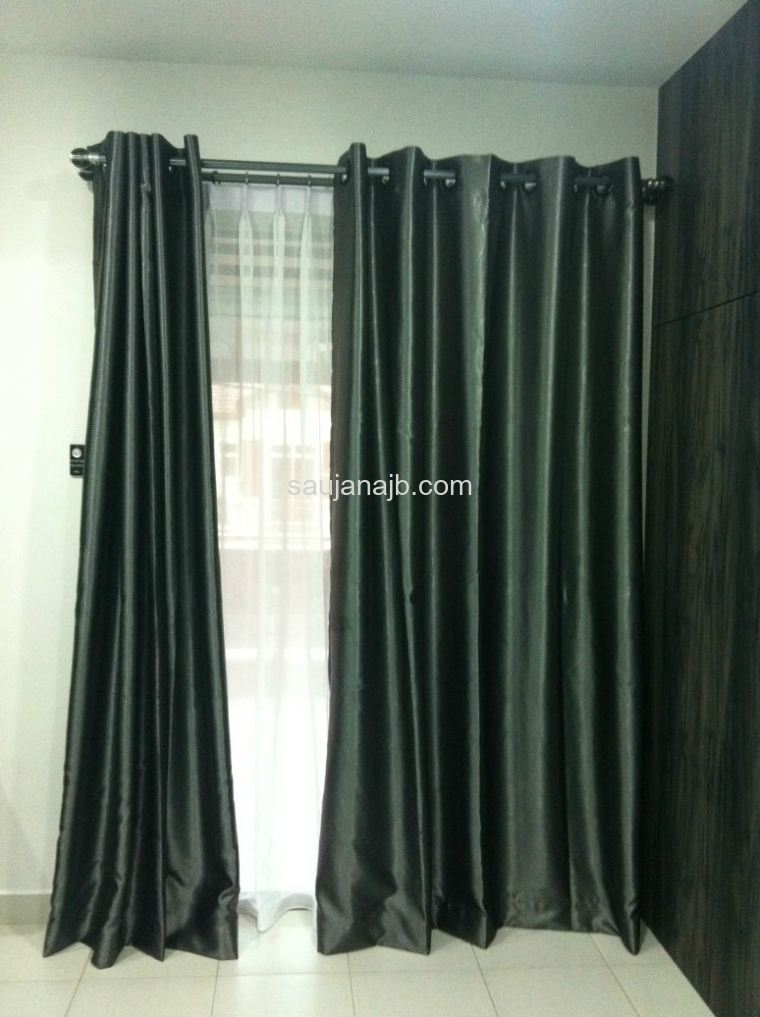 Curtain - Eyelet Design