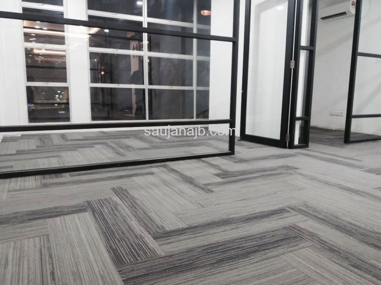 Long Plank Carpet Tile