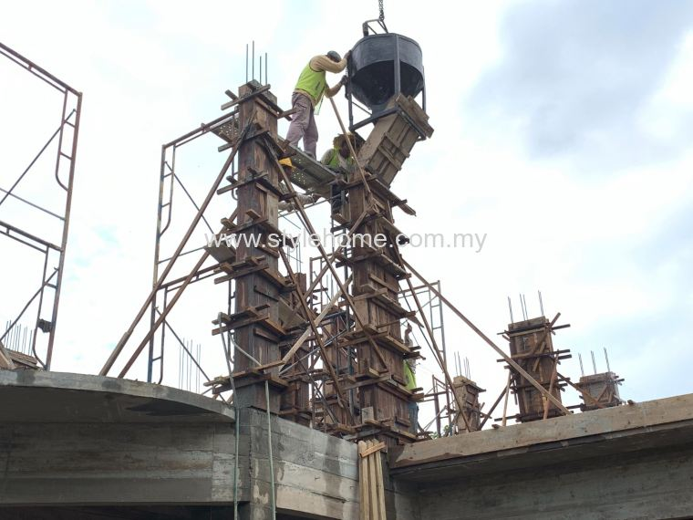 3 storey super structure column work by Stylehome