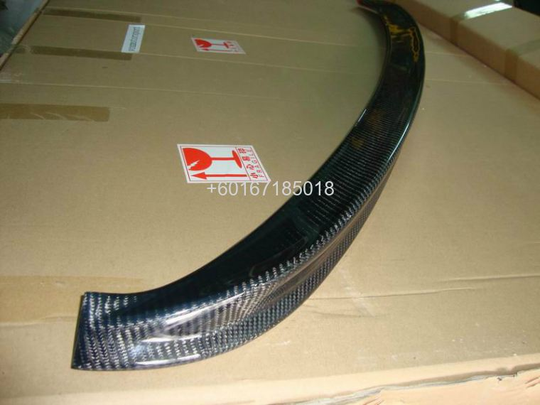 SUZUKI SWIFT SPOILER WIPER CARBON FIBER