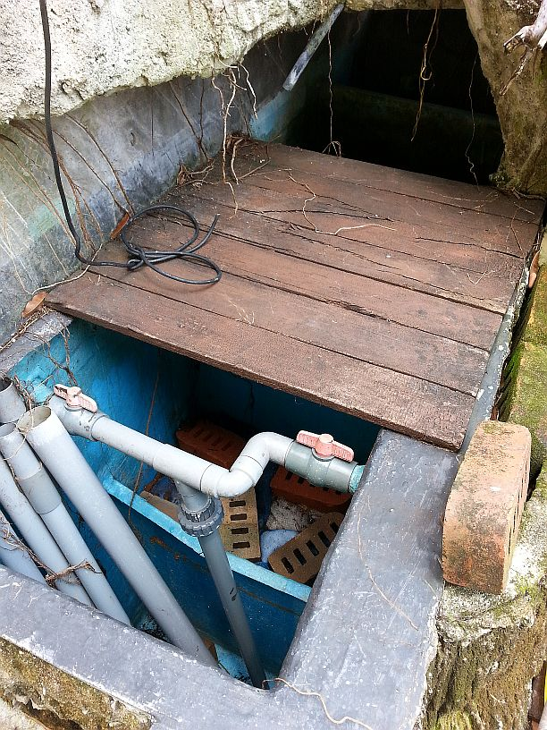 Koi hotel service pond filter improve filter system for Koi pond jets