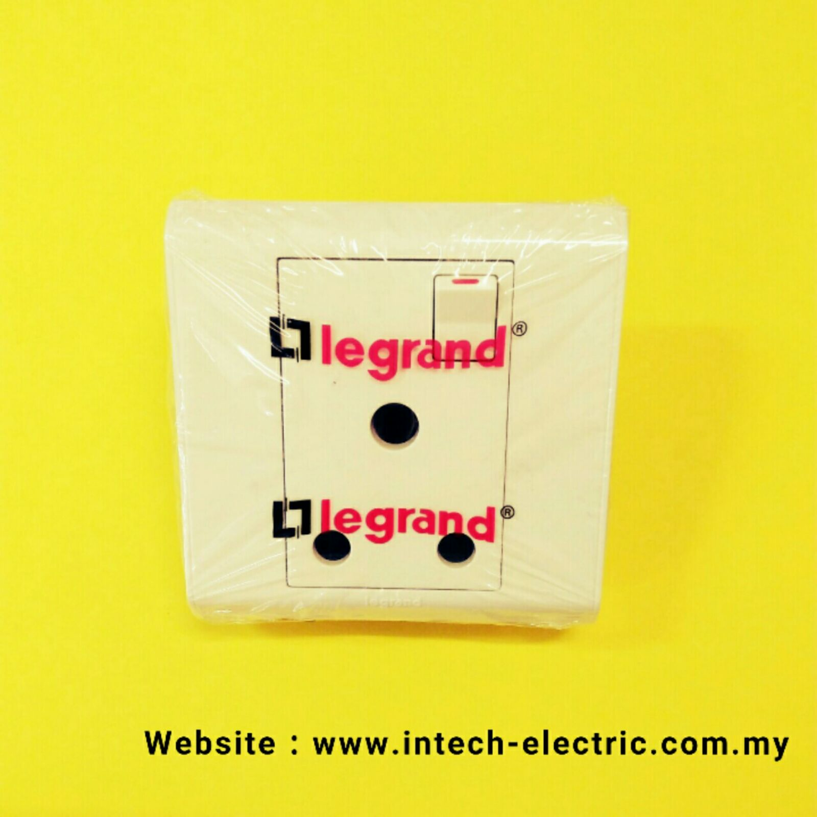 Buy Legrand Belanko 617005 3 Gang 2 Wayswitch Product Online Way Switch Rm1700