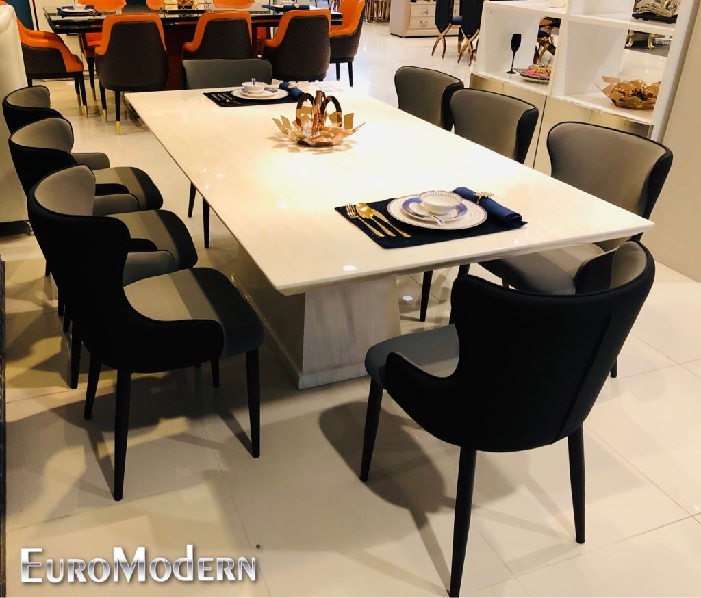 New arrival marble dining set  , Enjoy the Best dinner moment with your family . Price for set only RM 6988  Modern and elegance design !
