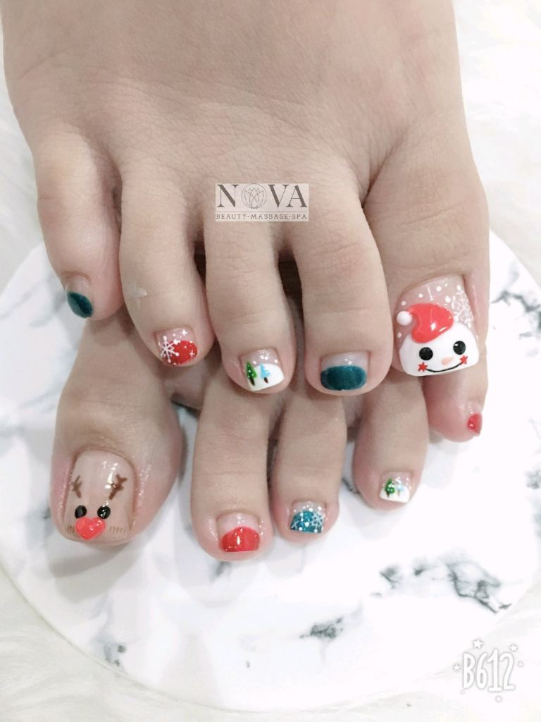 Christmas pedicures only at RM88