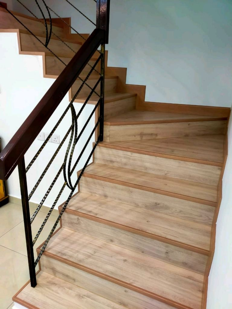 Timber Laminate Flooring for staircase ( AC4 gred )
