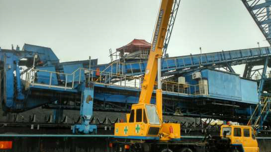 Our Services - Hot Vulcanizing on top of Stacker & Reclaimer