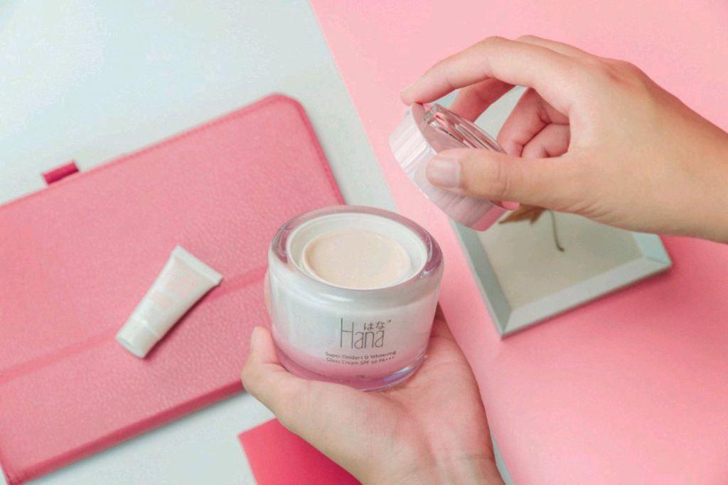 Hana Super Oxidant & Whitening Gross Cream SPF40 PA+++