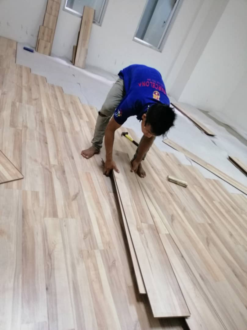 ROBINA Laminate Flooring