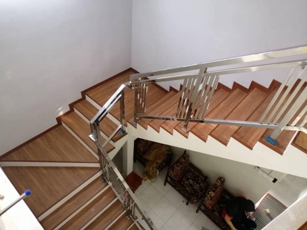 Robina Staircase O136 Prestige oak