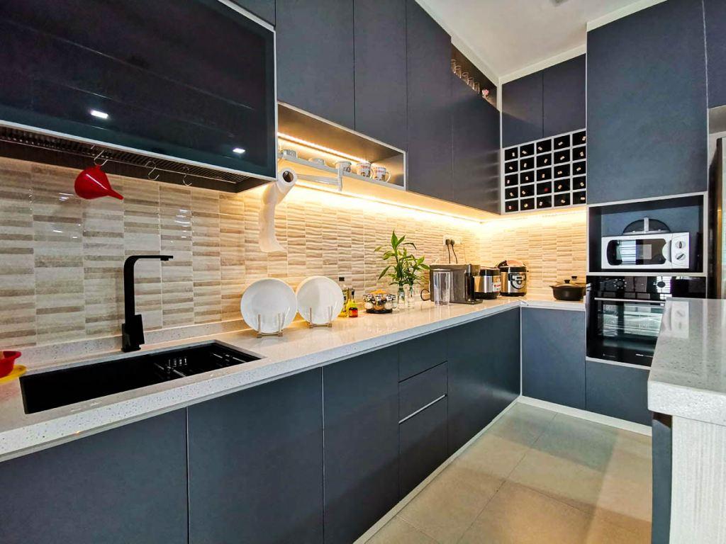 New Completed Project ��Dark Grey Kitchen Design @ Mutiara Rini 3, Johor Bahru